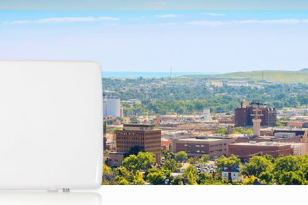 RADWIN introduce la primera solución dual para bandas de  3.5 y 5 GHz del mercado