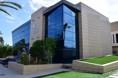 AIRE NETWORKS, con el respaldo de Magnum Capital, continúa su apuesta por el segmento de empresas con la adquisición de LCRcom